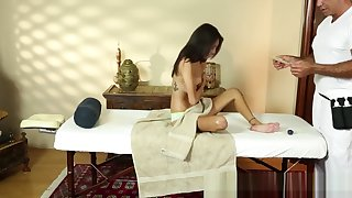 Massage loving cosset gives bj and tastes jizz