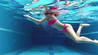 Uber-Cute gal, Tiffany Tatum went swimming round Masturbate coupled with milked next to the swimming pool