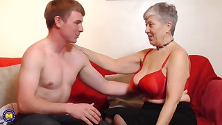 Lucky granny Savana gets her cunt pounded hard by a handsome guy