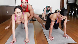 Yoga professor and 4 blistering college girls with meaty cupcakes