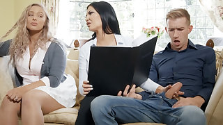 Domineer bimbo mommy fucks her daughter's boyfriend