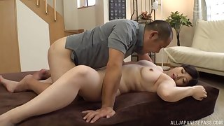 After workout big Nakamura Tomoe wants to cum with a friend