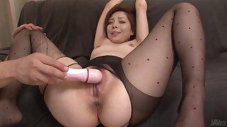 Maki Mizusawain Humidity Asian Blowjob Porn Show