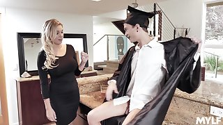 MILF stepmom fucks a college graduate with an increment of go wool-gathering doll is so damn fine