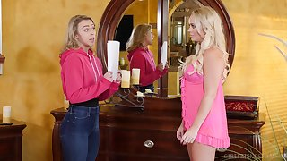 Good-looking models Zoey Taylor added to Alexis Monroe have error-free sexual relations