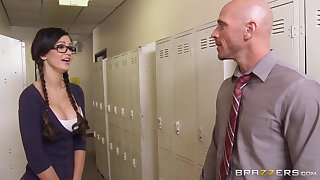 Well-endowed college wholesale Kendall Karson gets fucked and earns a facial