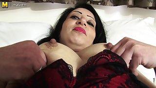 Low-spirited Arab British MAMA getting in nature's garb and nasty