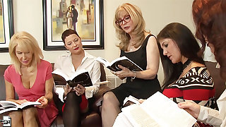 Homoerotic orgy in a hotel room with Nina Hartley plus her mature friends