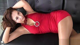 Sexy asian mature is doing sport in too short minidress! enjoy hot upskirt!